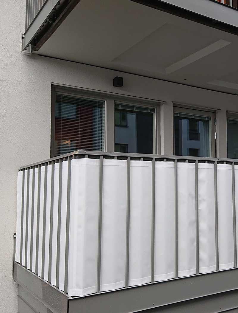 Balkongskydd öljetter